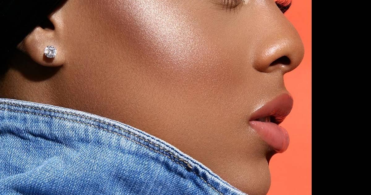 Épinglé sur Maquillages Peaux Noire
